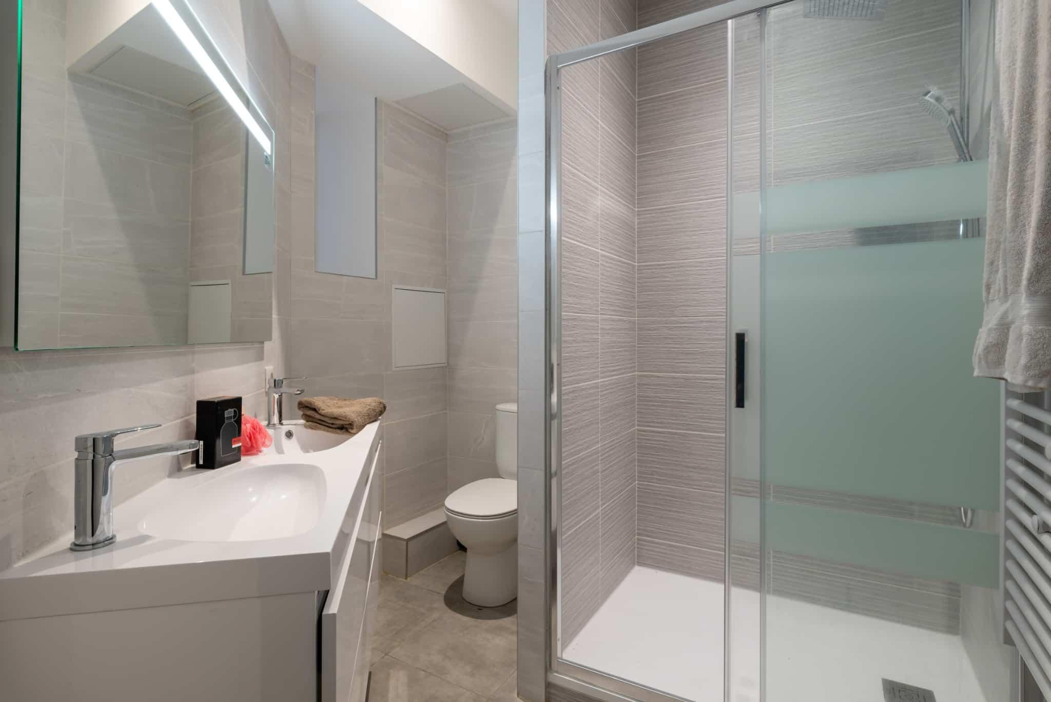 renovation salle de bain dans appartement